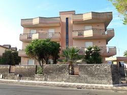 Appartamento con box auto (sub 1 – 6) - Lotto 13209 (Asta 13209)