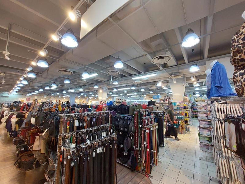 #13236 Negozio con servizi in centro commerciale in vendita - foto 6
