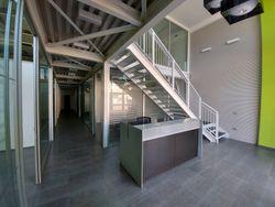 Negozio uso ufficio in zona industriale - Lotto 13237 (Asta 13237)