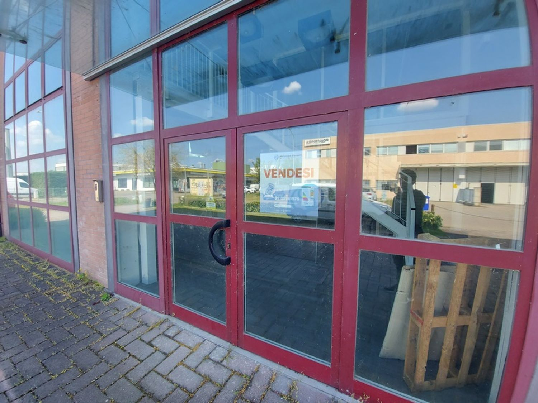 #13237 Negozio uso ufficio in zona industriale in vendita - foto 15
