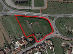 Terreno edificabile residenziale con fabbricato agricolo - Lotto 13246 (Asta 13246)