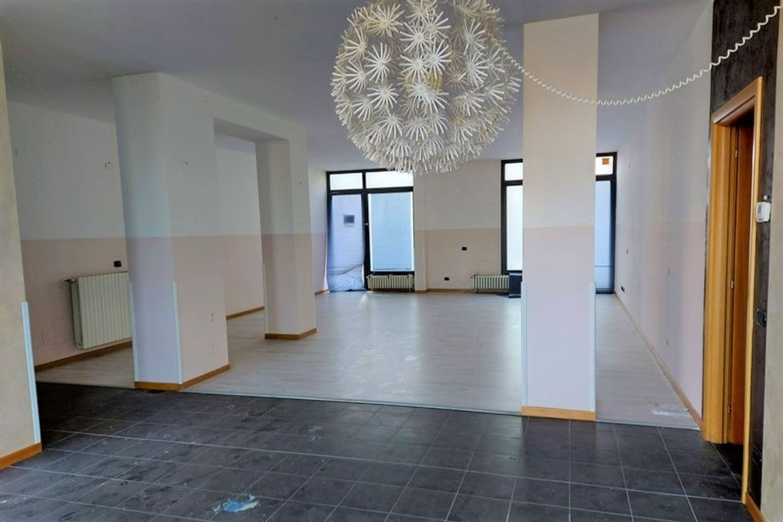 #13308 Laboratorio piano terra in condominio residenziale in vendita - foto 2
