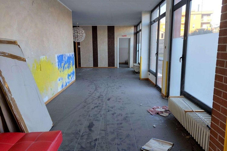#13308 Laboratorio piano terra in condominio residenziale in vendita - foto 4