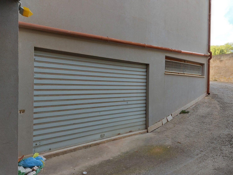 #13332 Tre magazzini al grezzo in vendita - foto 13