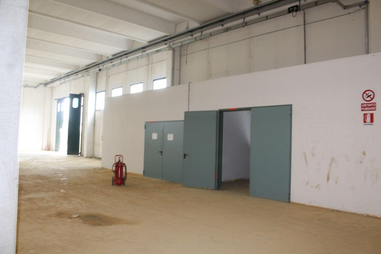 #13336 Porzione di capannone industriale in vendita - foto 4