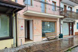 Negozio in centro con magazzini e cortiletto - Lotto 13389 (Asta 13389)