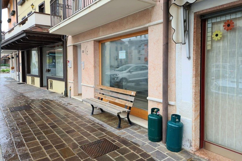 #13389 Negozio in centro con magazzini e cortiletto in vendita - foto 14