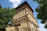 Immagine n11 - Historic tower damaged by earthquake and ground - Asta 13390