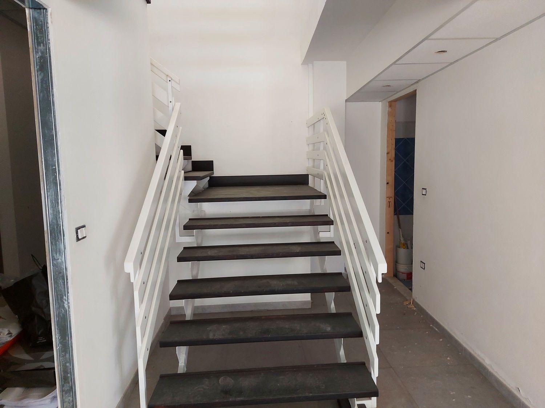 #13400 Negozio su due livelli in zona centrale in vendita - foto 5
