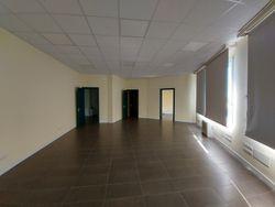 Ufficio con posti auto in complesso direzionale - Lotto 13505 (Asta 13505)
