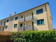 Immagine n0 - Quattro appartamenti con rispettivi garage in complesso residenziale - Asta 13515