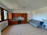 Immagine n2 - Quattro appartamenti con rispettivi garage in complesso residenziale - Asta 13515