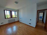 Immagine n4 - Quattro appartamenti con rispettivi garage in complesso residenziale - Asta 13515
