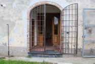 Immagine n1 - Edificio con uffici e locali residenziali - Asta 1352