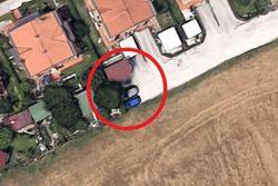 Terreno di risulta utilizzato per parcheggio - Lotto 13555 (Asta 13555)