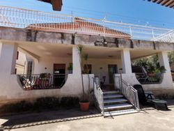 share of villa with garden - Lot 13556 (Auction 13556)