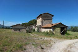 Complesso rurale con terreni agricoli