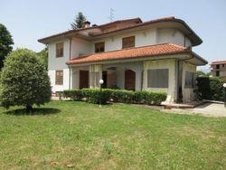 Quota 500/1000 di Villetta indipendente con giardino - Lotto 13590 (Asta 13590)