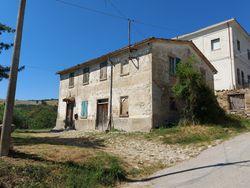 Quota di abitazione indipendente in complesso rurale - Lotto 13625 (Asta 13625)