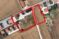 Terreno in zona di completamento residenziale - Lotto 13777 (Asta 13777)