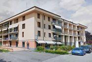 Immagine n2 - Negozio e magazzino in palazzina residenziale - Asta 13852