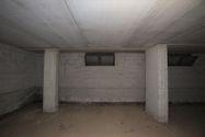 Immagine n13 - Negozio e magazzino in palazzina residenziale - Asta 13852