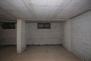 Immagine n14 - Negozio e magazzino in palazzina residenziale - Asta 13852