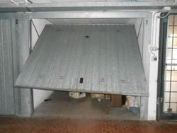 Car garage in directional   commercial complex - Lot 1387 (Auction 1387)