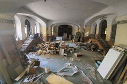 Ex teatro da ristrutturare in complesso storico - Lotto 13921 (Asta 13921)