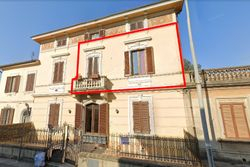 Appartamento con posto auto - Lotto 14015 (Asta 14015)