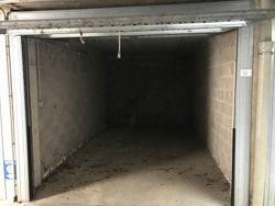 Due garage e un posto auto scoperto - Lotto 14032 (Asta 14032)