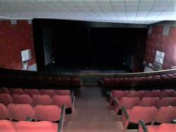 Cinema teatro di 830 mq in centro storico