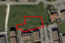 Terreno residenziale e per strade con parcheggi - Lotto 14190 (Asta 14190)