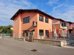 Villa a schiera adibita a bar tavola fredda - Lotto 14206 (Asta 14206)