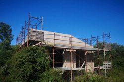 Terreno edificabile residenziale con fabbricato abusivo - Lotto 14231 (Asta 14231)