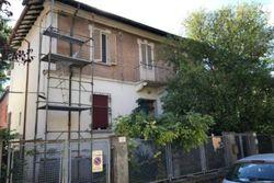 Casa indipendente su tre piani