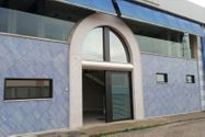 Immagine n0 - Porzione di capannone con sala esposizione - Asta 1453
