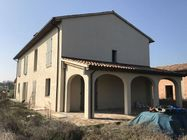 Immagine n0 - Quota di 1/2 di abitazione al grezzo - Asta 1461