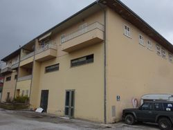 Commercial premises with warehouse - Lot 1482 (Auction 1482)