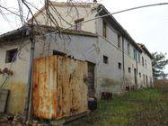 Immagine n2 - Casa colonica con annessi agricoli - Asta 1522