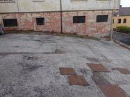 Immagine n0 - Tre posti auto scoperti in corte privata - Asta 1676