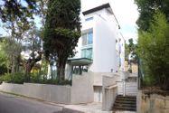 Immagine n0 - Blocco di tre appartamenti, cortile e due garage - Asta 1694