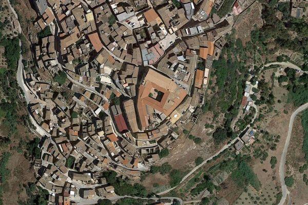 Immagine n0 - Planimetria - Vista aerea - Asta 1756