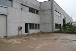 Industrial warehouse with office and courtyard - Lot 1796 (Auction 1796)