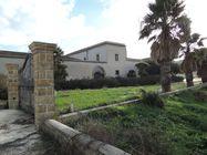 Immagine n0 - Baglio ristrutturato, cantina vinicola e terreni - Asta 192