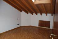 Immagine n1 - Appartamento con cantina e box auto - Asta 1993