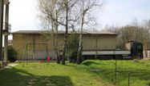 Immagine n6 - Casa indipendente con magazzini e terreni - Asta 1998