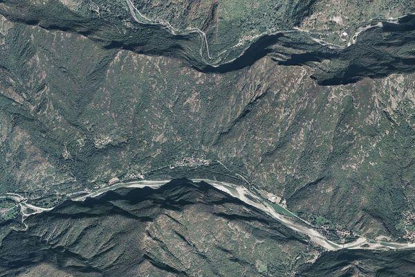 Immagine n0 - Planimetria - Vista aerea - Asta 1999