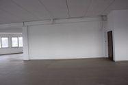 Immagine n1 - Ufficio grezzo (subalterno 11) al piano primo - Asta 2006