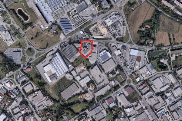 Immagine n0 - Planimetria - Vista aerea - Asta 2007